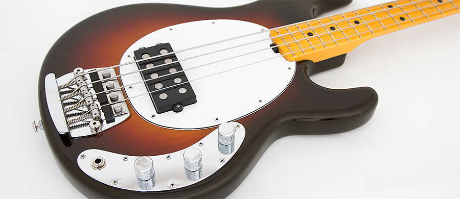 Bass Professor 5/2016, Ausgabe 87. Test: Music Man StingRay 40th Anniversary Old smoothie